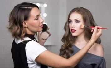 Что предусматривают курсы макияжа в онлайн режиме